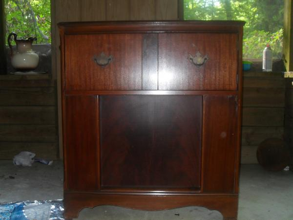 Bendix Phonograph Radio Cabinet