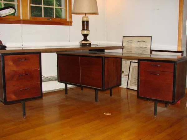 Genial Vintage Robert John Desk With Return/Credenza