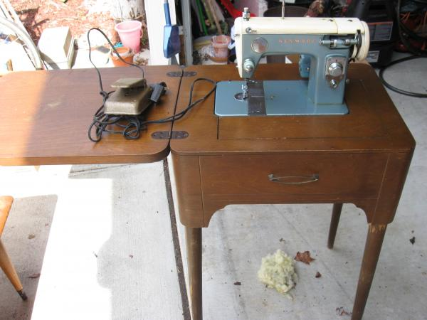 Sears Kenmore Sewing Machine Antique Appraisal InstAppraisal Unique Antique Kenmore Sewing Machine With Cabinet