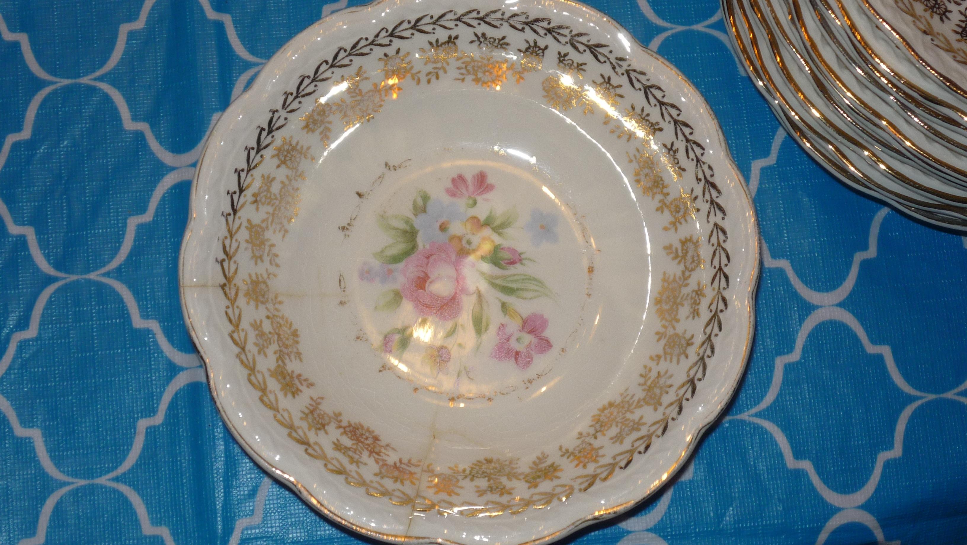 American Beauty by Stetson 22kt gold 78 piece dinnerware antique ...