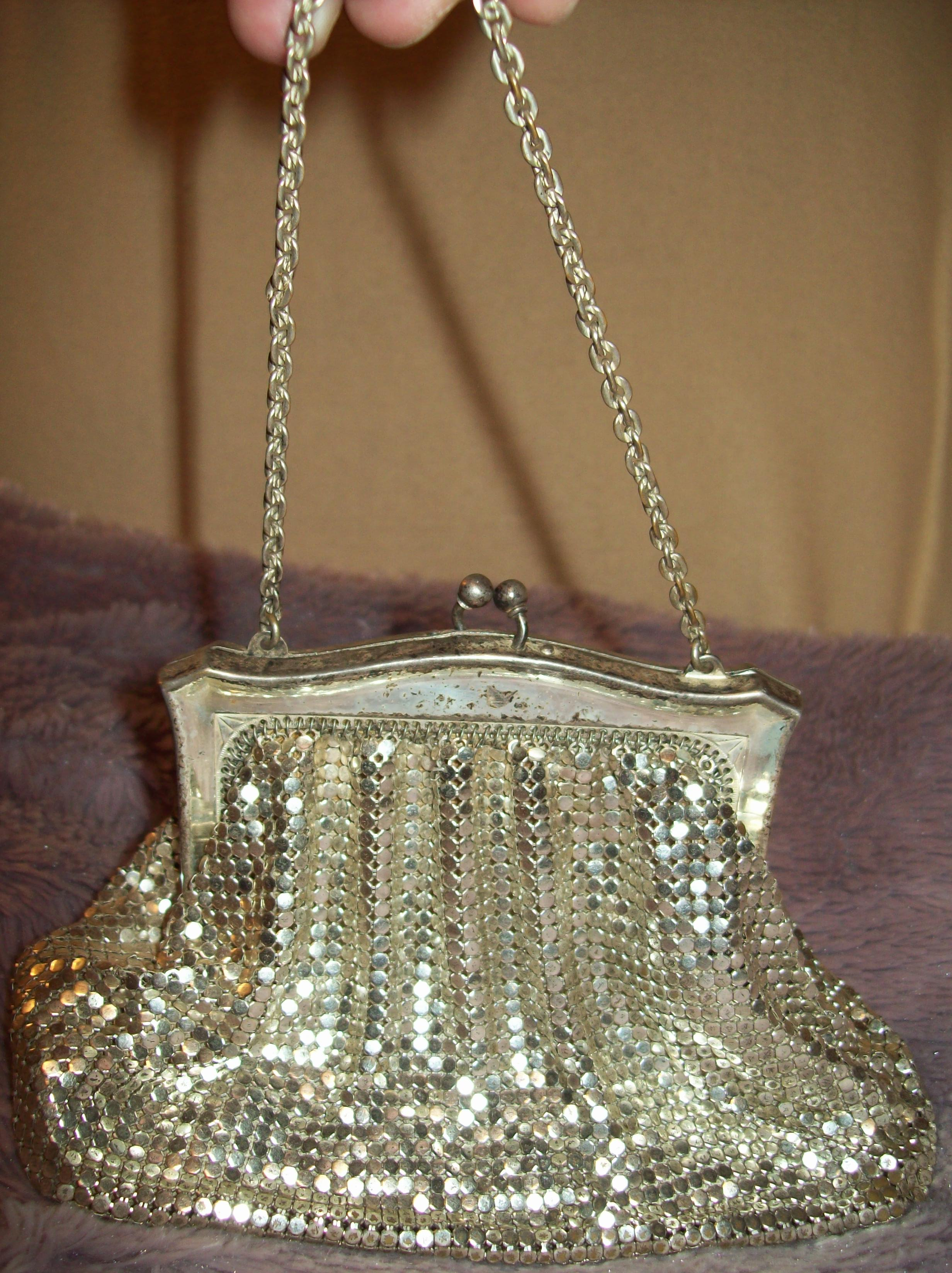 1920s Whiting and Davis Stirling Silver Mesh Purse