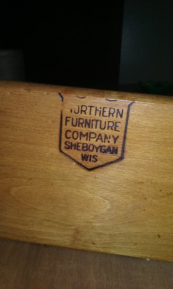 Northern Furniture Company Dresser (Sheboygan, Wisconsin)