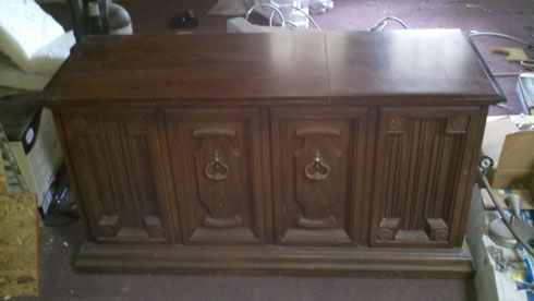 Zenith allegro console stereo jr915p1 antique appraisal for Zenith sofa table