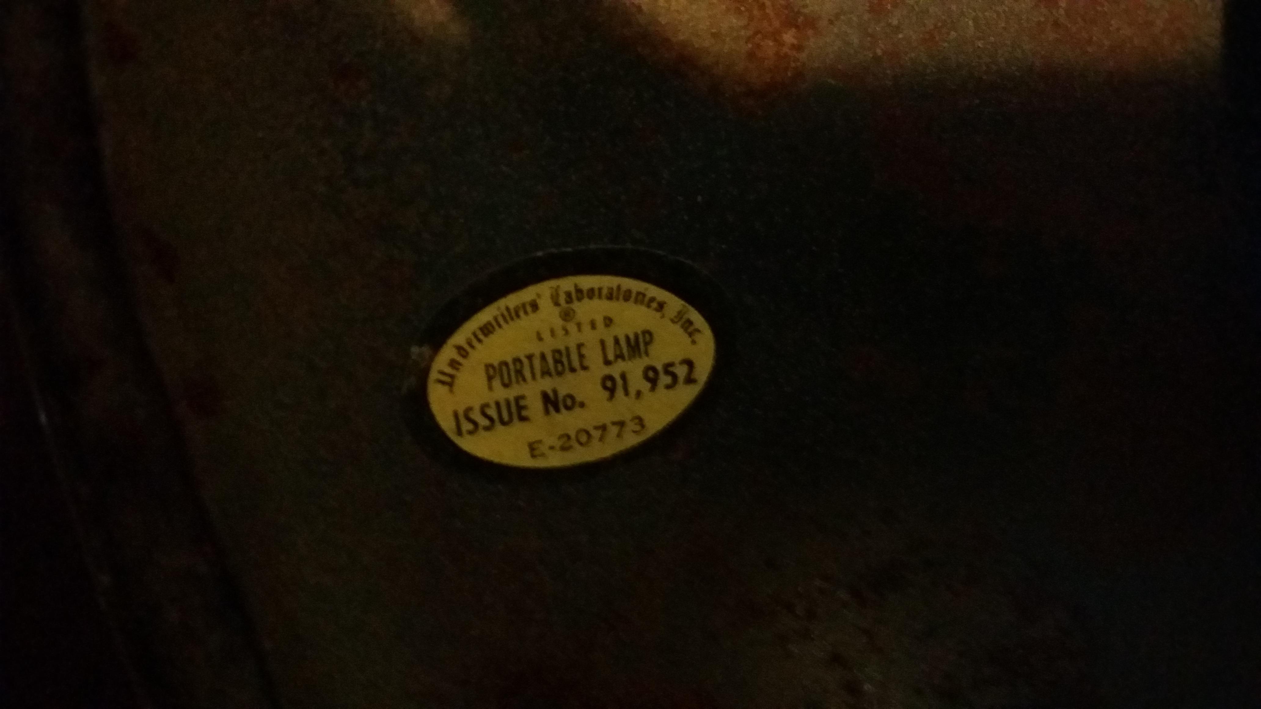 vintage portable lamp antique appraisal | InstAppraisal