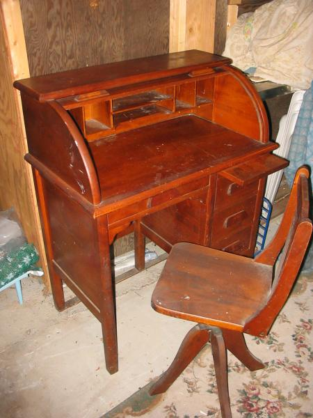 Paris Mfg Rolltop Desk And Chair