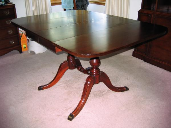 New Travis Court Collection By Drexel Dining Table W 1 Leaf