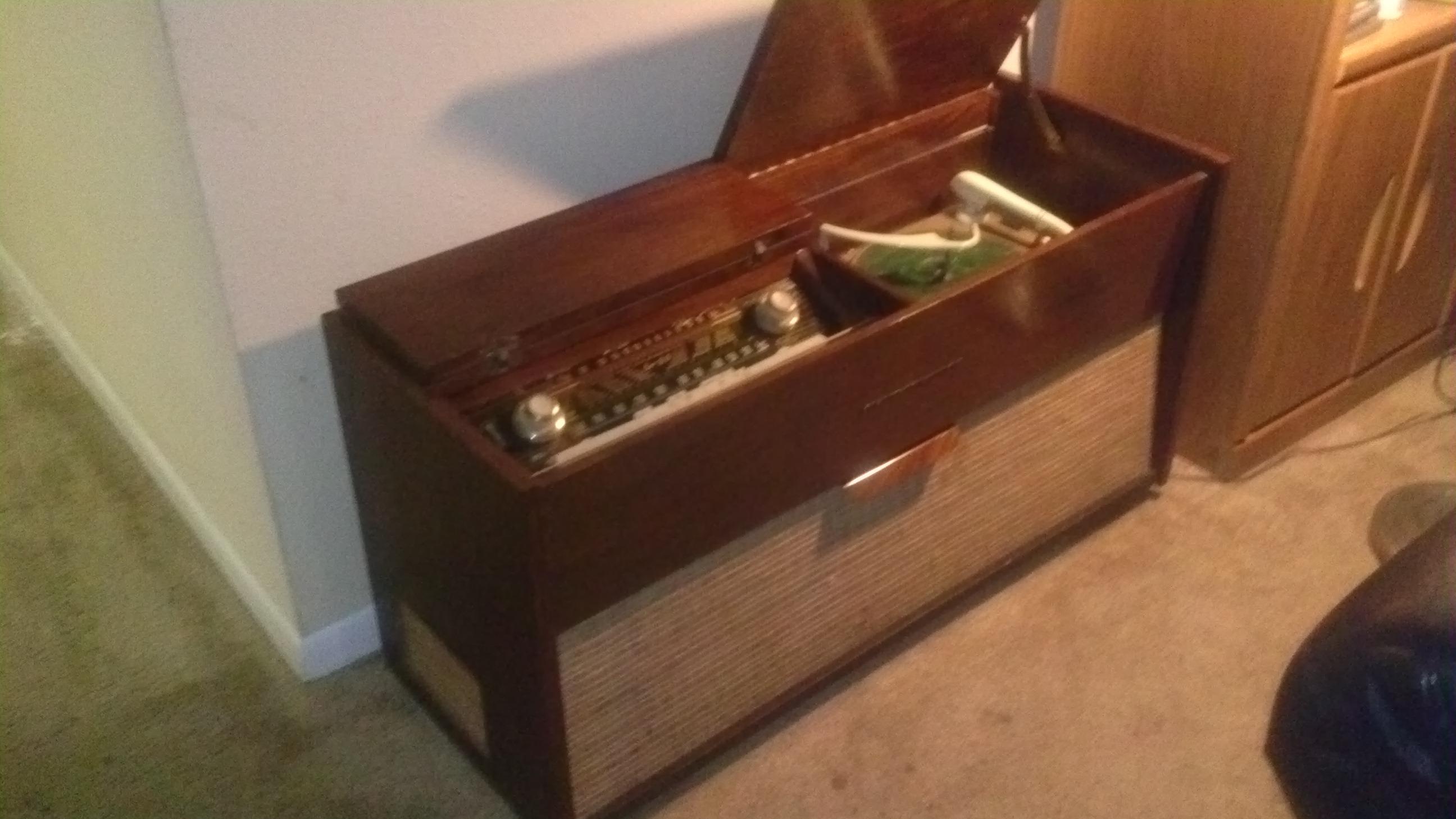 Vintage Blaupunkt Cabinet Radio/turntable