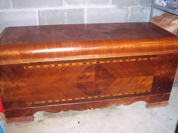Caswell Runyan Cedar Hope Chest Antique Appraisal Instappraisal