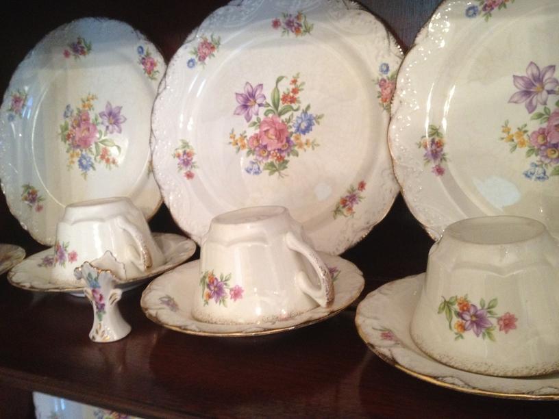 Vernon Antique China Set