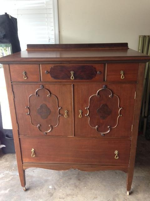 Antique Dresser And Vanity Made By The Luce Furniture Co Grand