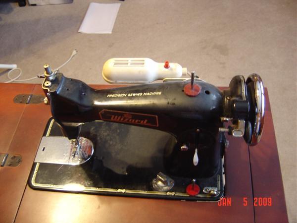 Wizard Ez Adjust Stitch Regulator Sewing Machine In Wood Cabinet Cool Sewing Machines With Stitch Regulator