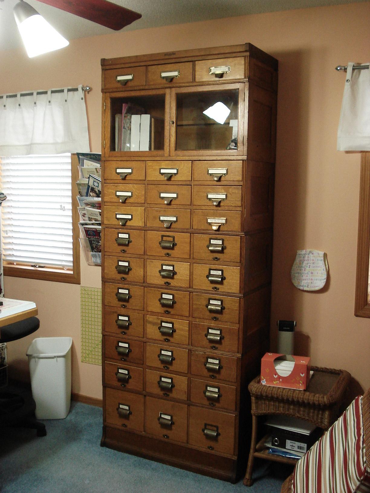 Yawman & Erbe file cabinet antique appraisal | InstAppraisal