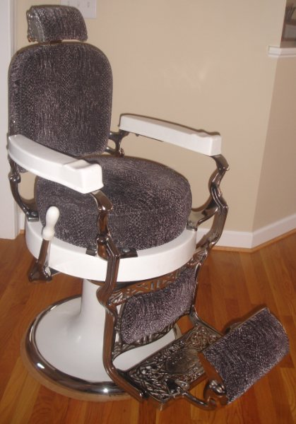 Exceptionnel Antique 1930s Koken Barber Chair