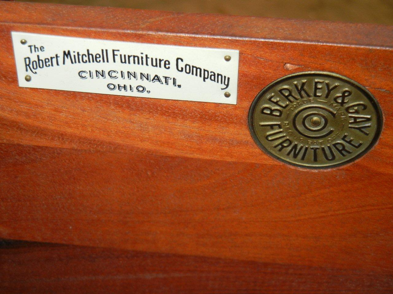 Robert Mitchell Furniture Co. Dining Room Set