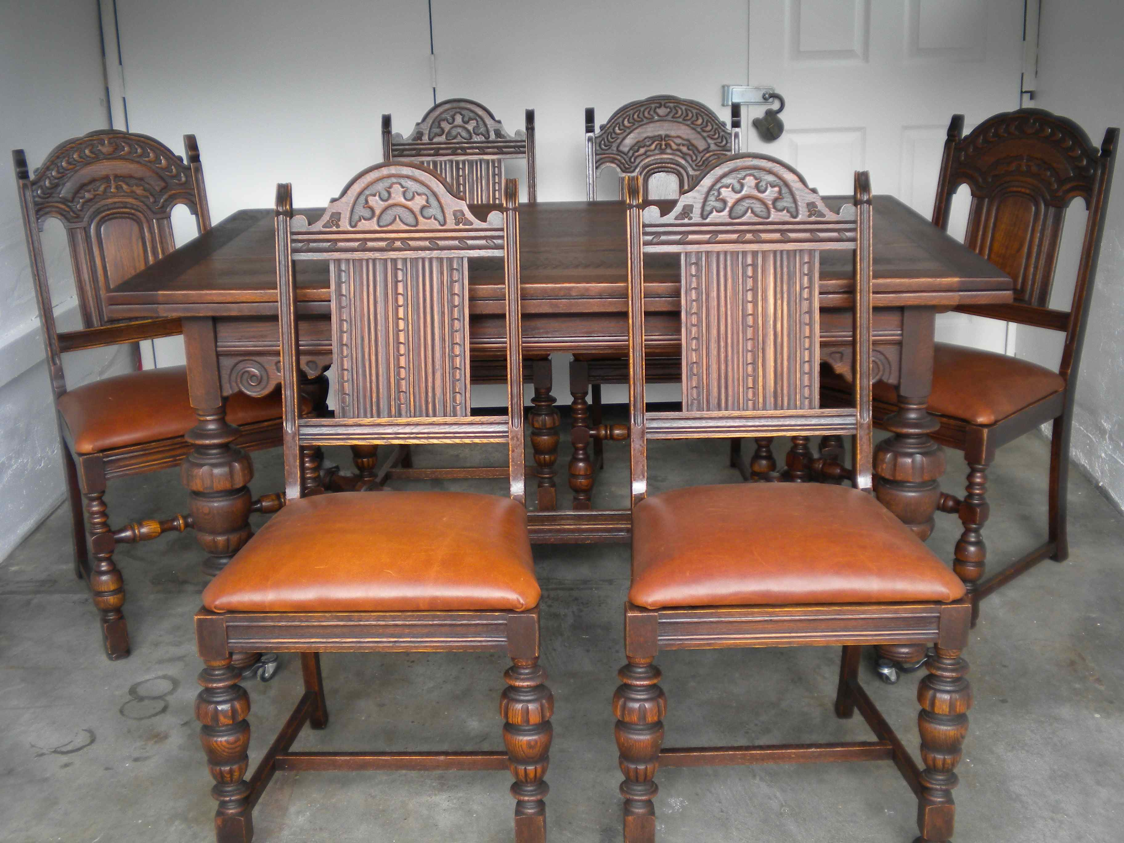 Antique English Oak Dining Table And 6 Chairs With Leather
