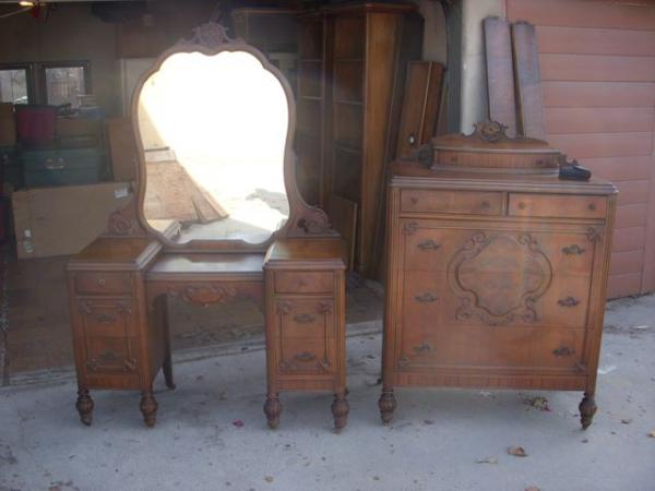 63 Early A.W. Bedroom Set Distributed By West Coast Furniture Co. Los  Angeles, CA