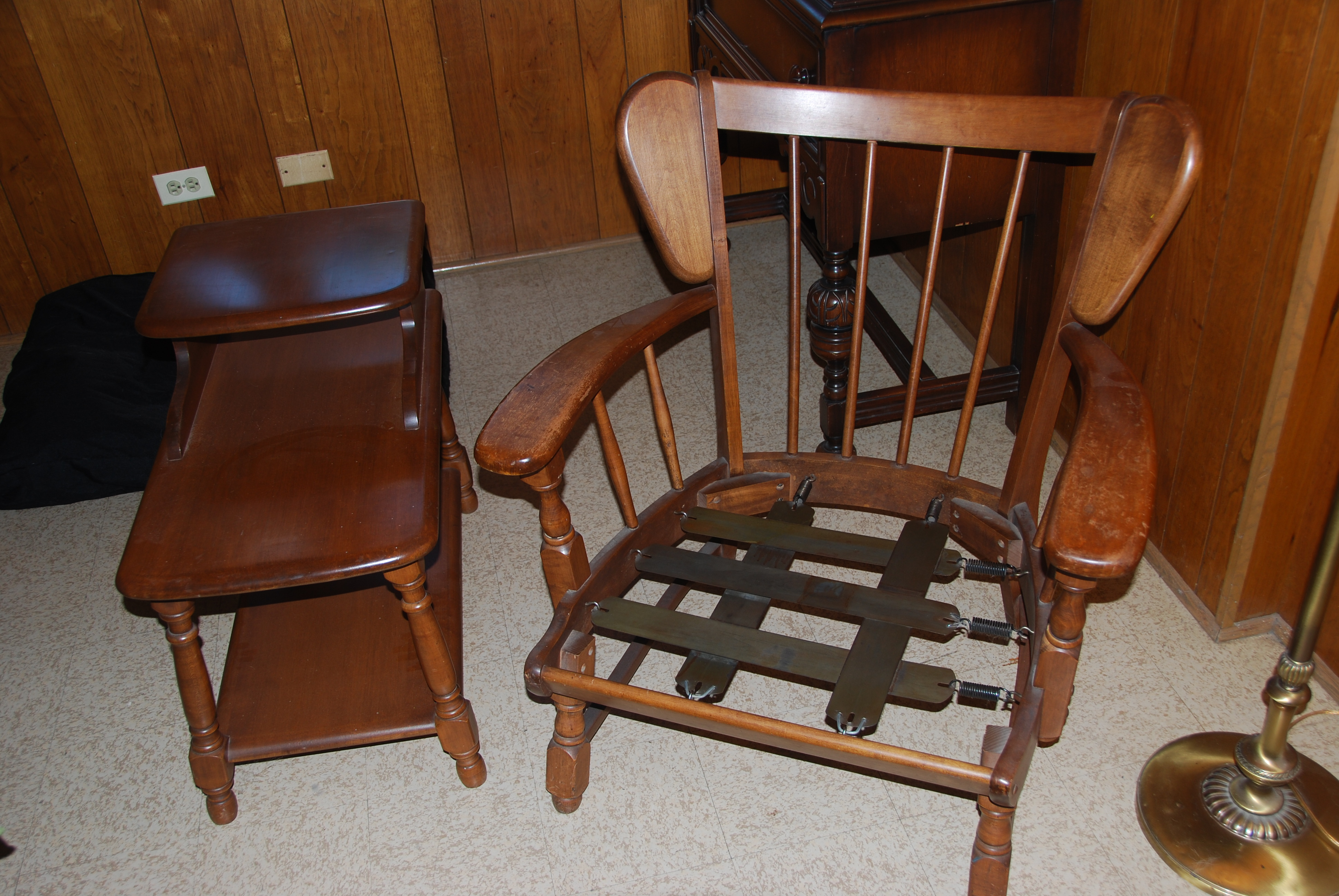 Heywood-Wakefield lounge chair and side table & Heywood-Wakefield lounge chair and side table antique appraisal ...