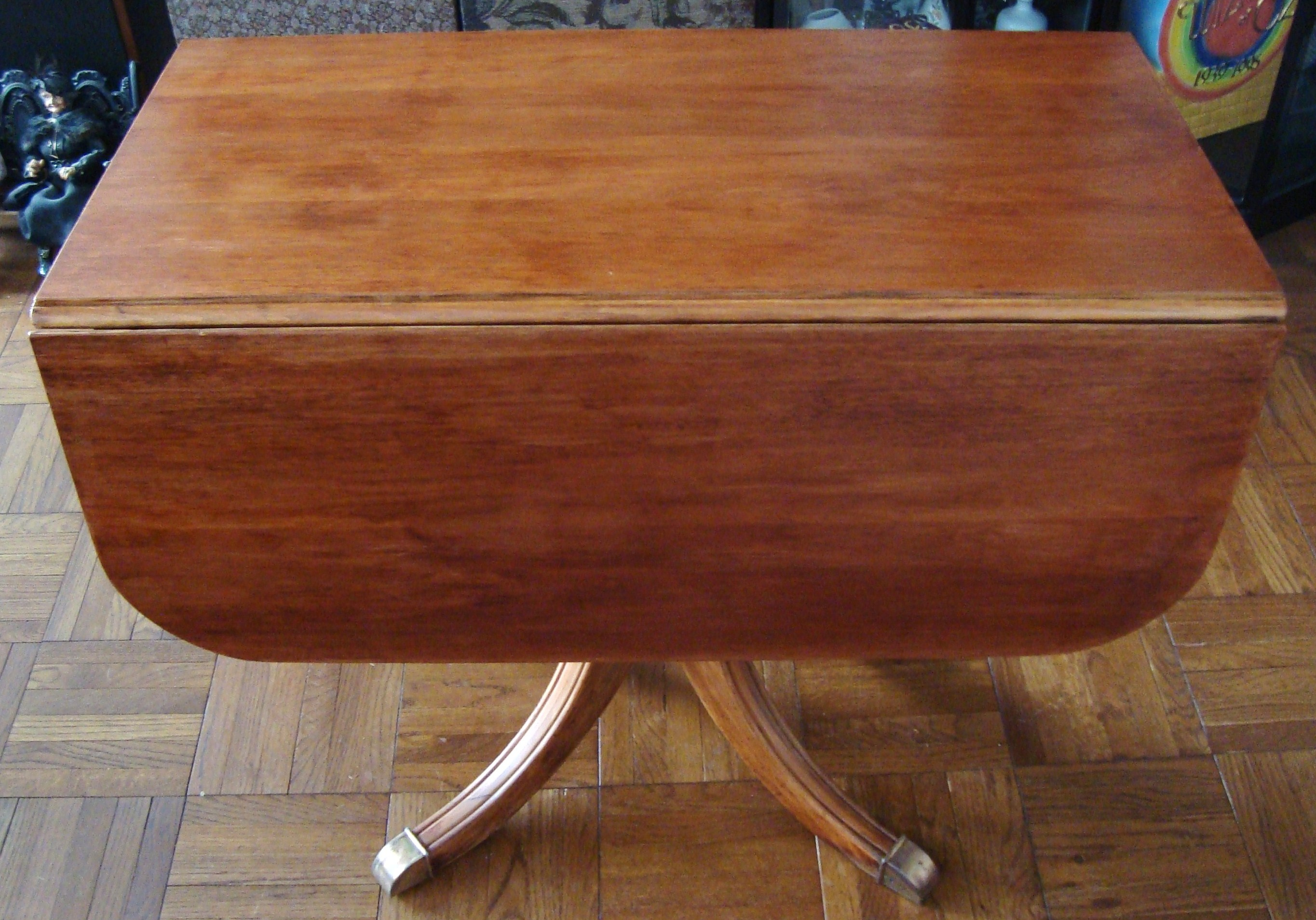 Drop Leaf Dining Table With Pedestal Base