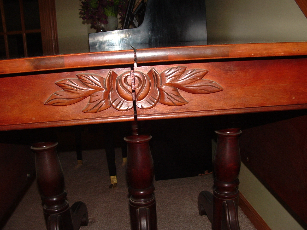 Walter Of Wabash 4 Drop Leaf Table U0026 Carved Chairs W Matching Suite Of  Furniture Desk End Tables