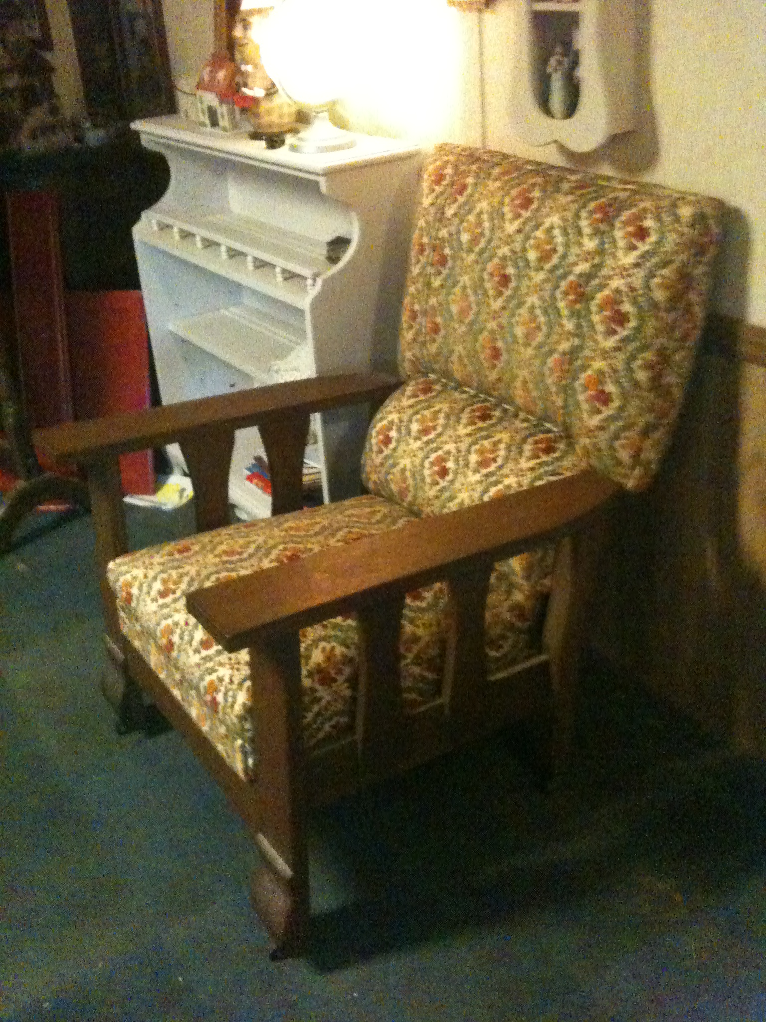 ANTIQUE MISSION STYLE KELLY COMFORT CHAIR RECLINER