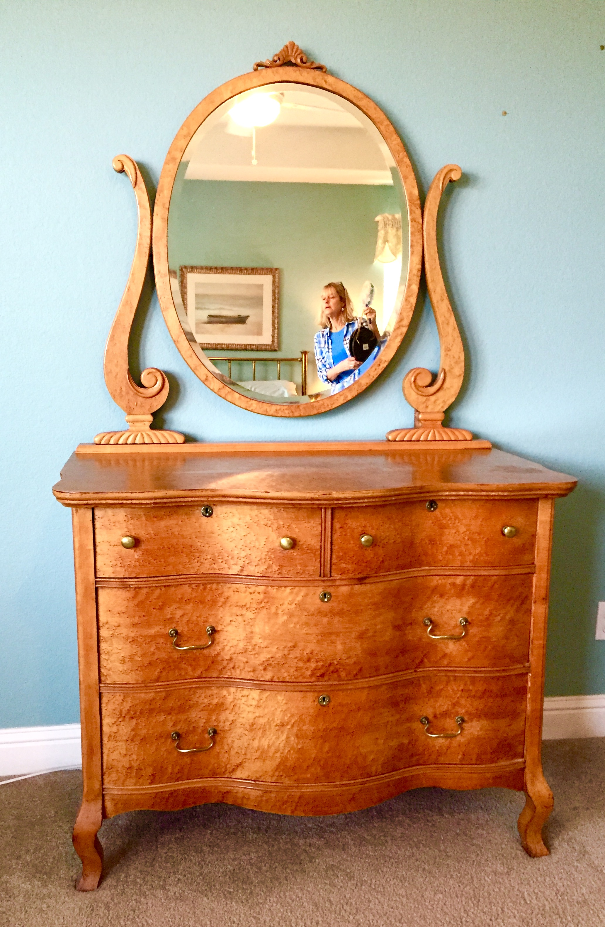 Birdseye Maple Dresser Antique Appraisal Instappraisal