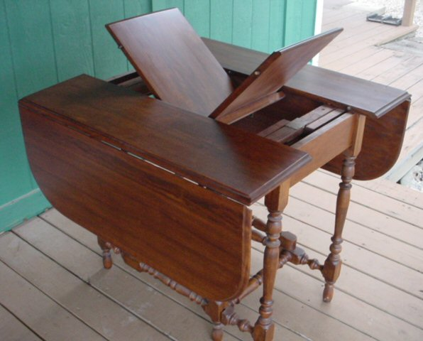 William And Mary Style 6 Leg Drop Leaf Gate Leg Table