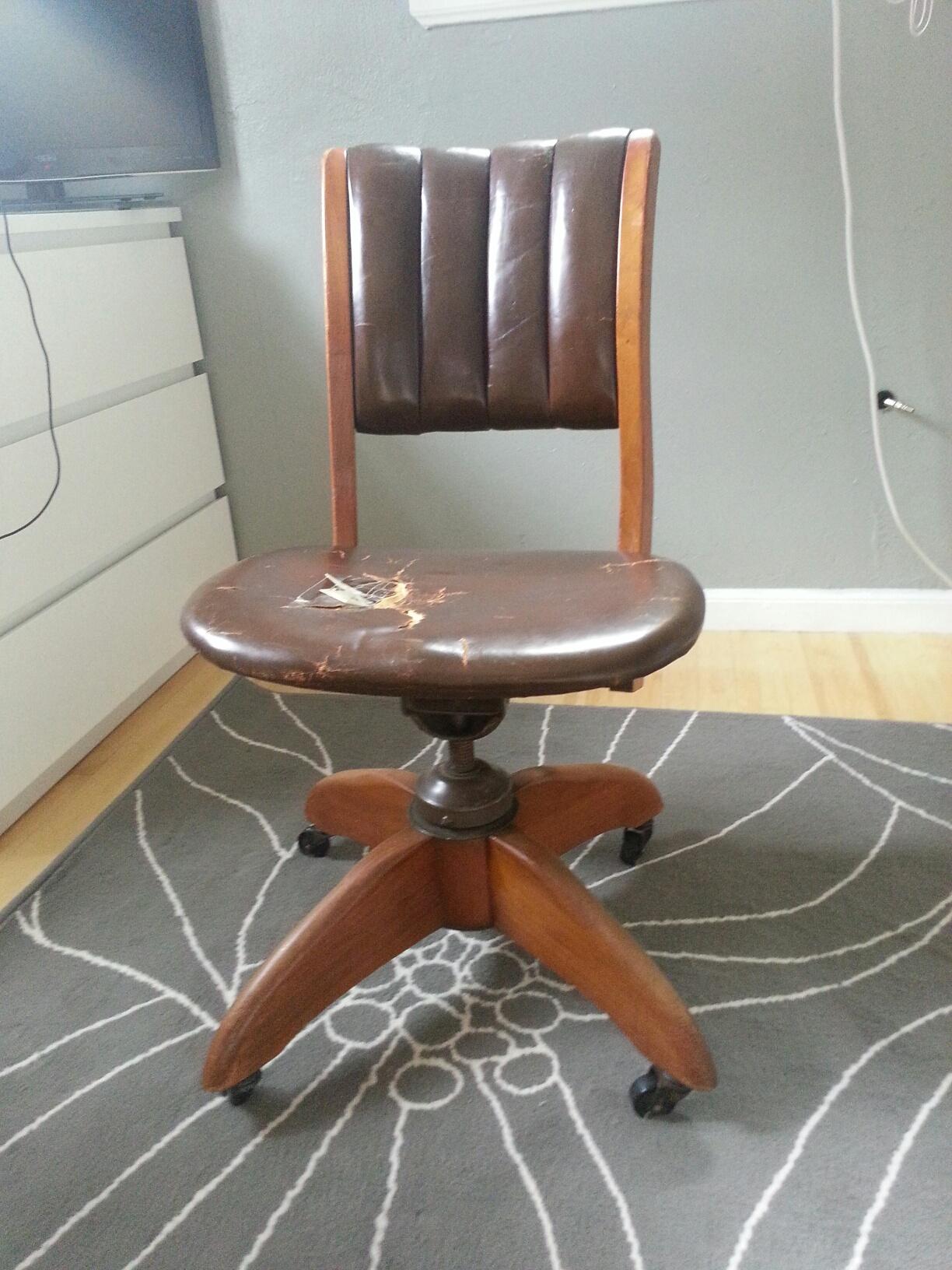 Gunlocke Leather Swivel Office Chair Antique Appraisal