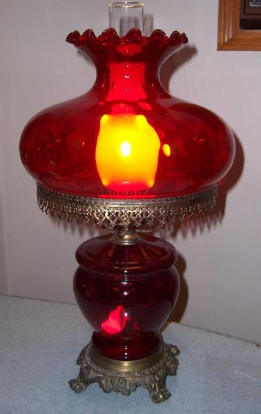 Hedco Red Glass Electric Table Lamp Antique Appraisal Instappraisal