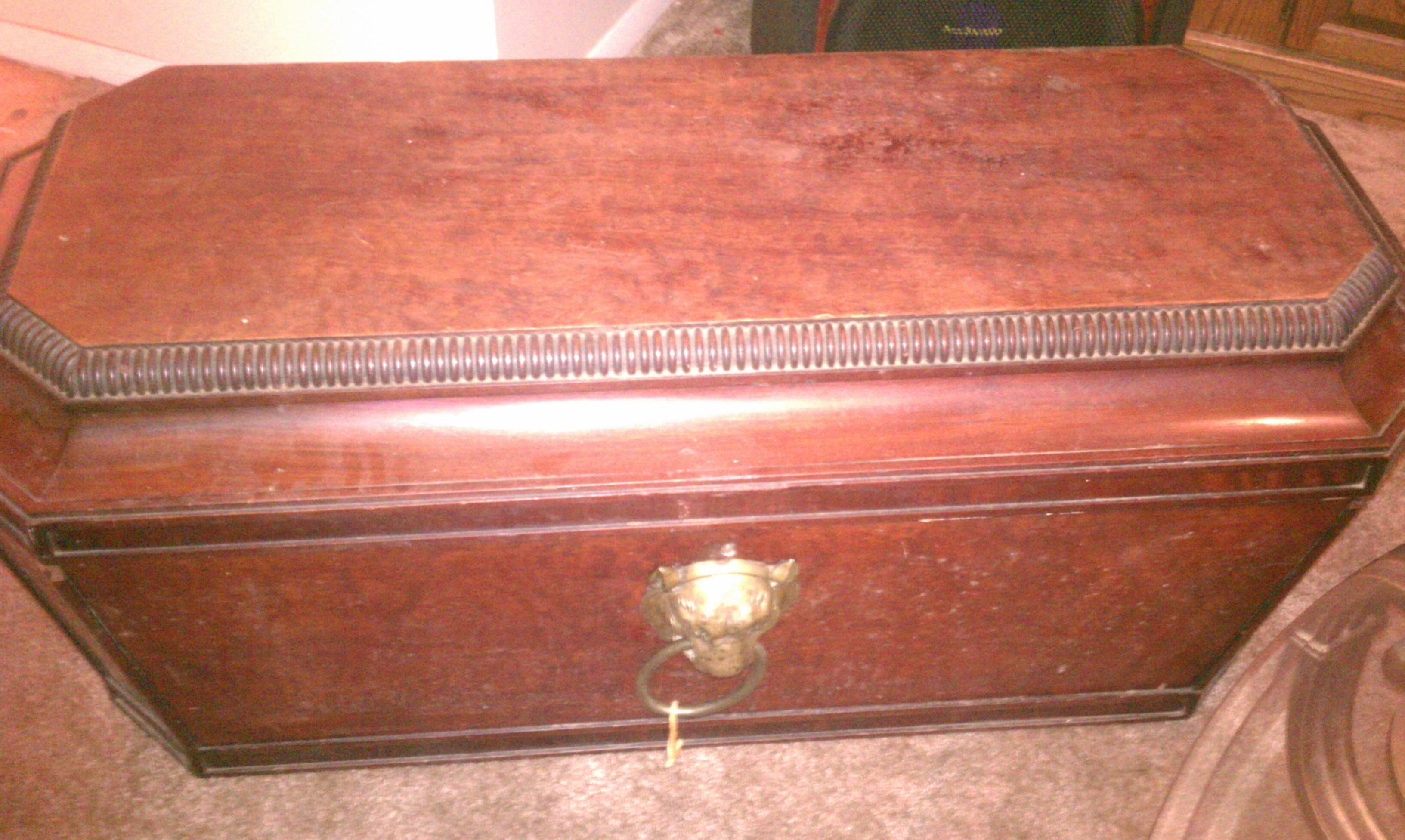 Antique Wooden Bathtub Appraisal
