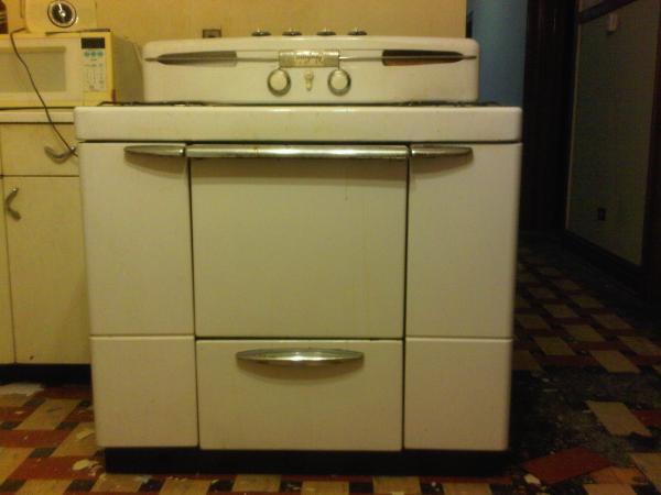 maytag 1949 dutch oven gas range with manual antique appraisal rh instappraisal com maytag gas stove manual mgr5729adw maytag gas stove owner's manual
