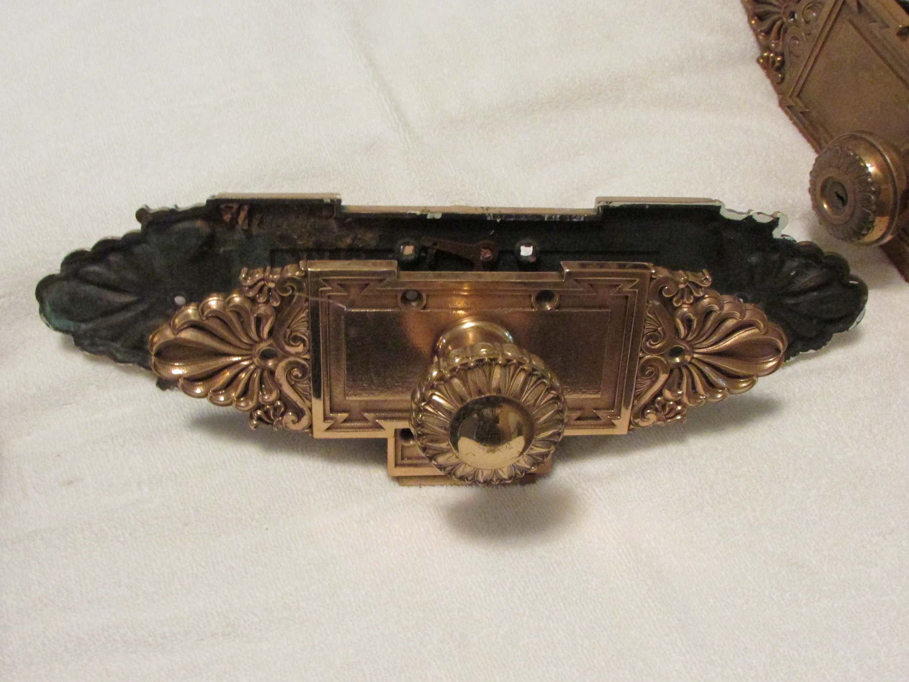 historic door knobs and plates antique appraisal   InstAppraisal