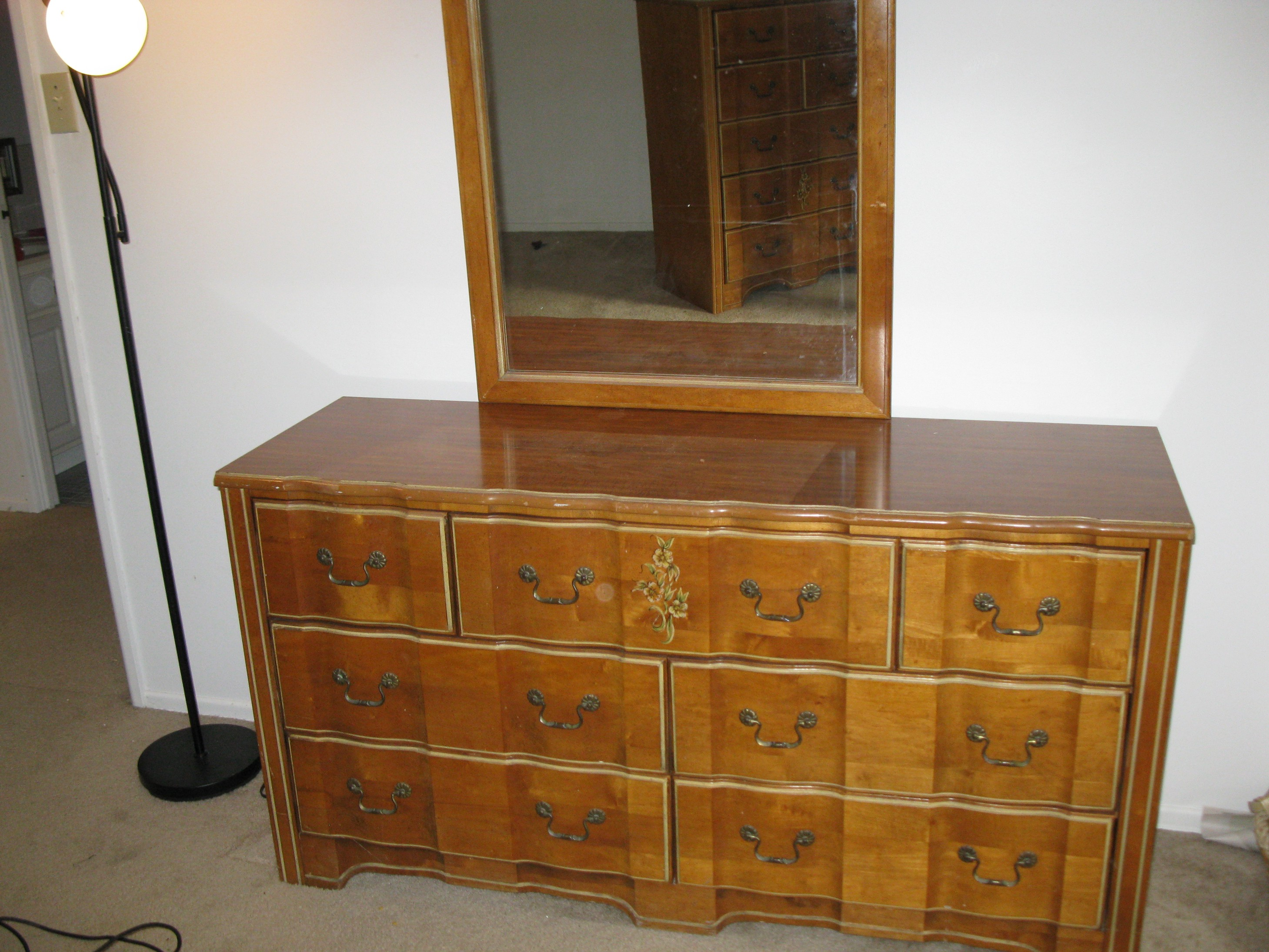 Stanley Furniture Girl S Bedroom Suite Antique Appraisal