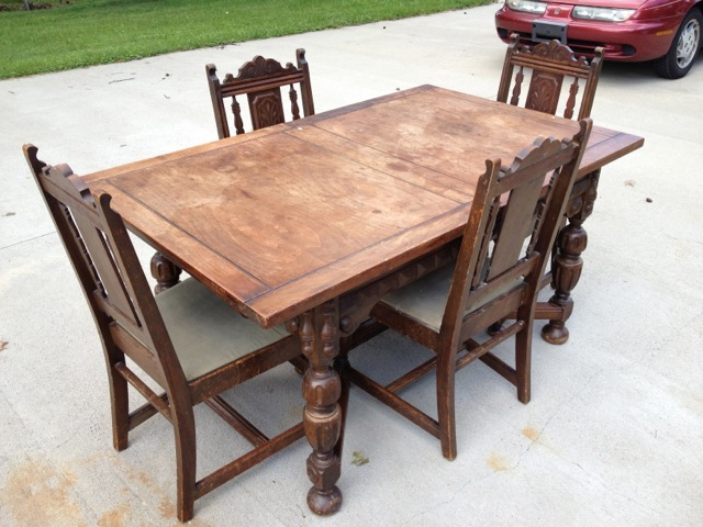 Charmant Angelus Furniture Mfg. Co. Dining Table + Four Chairs