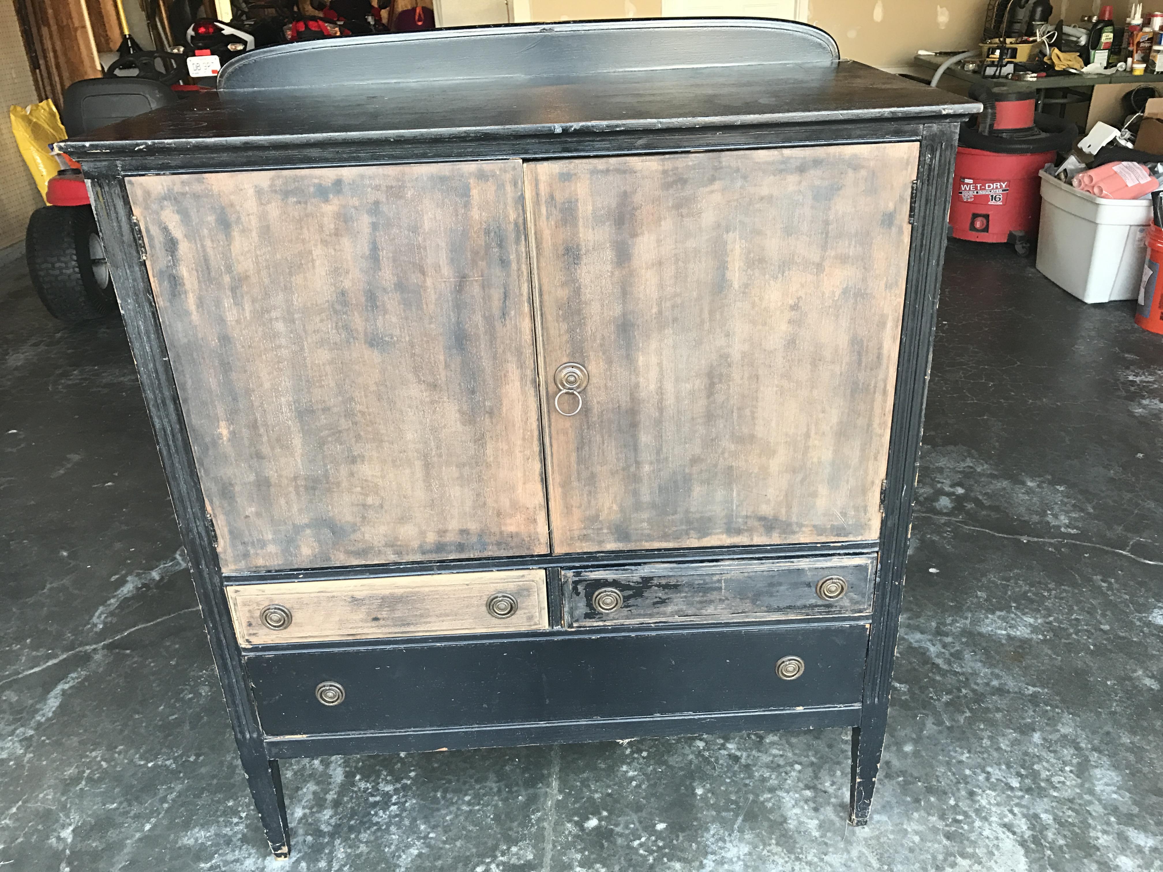 Rockford Dresser antique appraisal | InstAppraisal