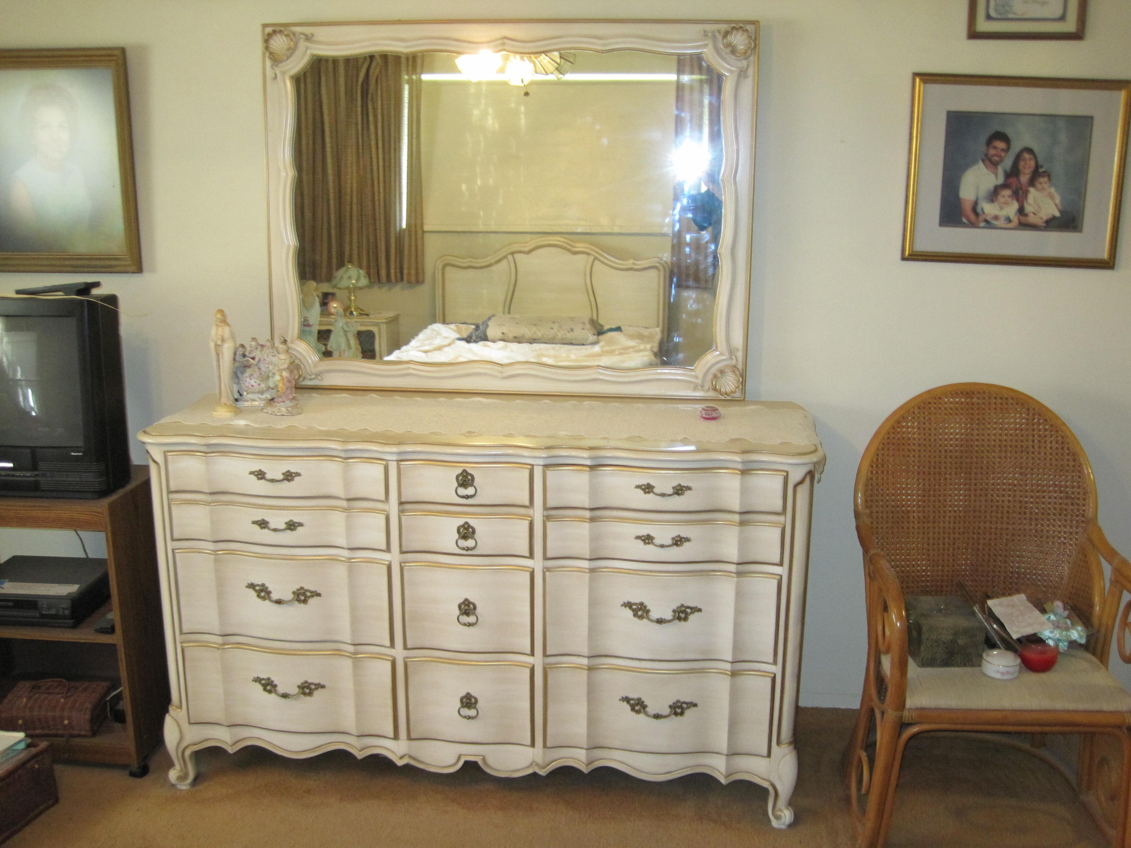 Bedroom Set White Furniture Mebane Nc Antique Appraisal