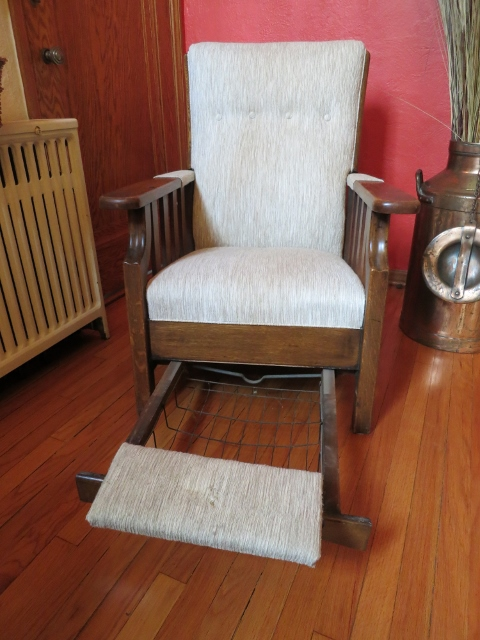 Attractive Antique Morris Push Button Recliner Made By Royal Chair Co.
