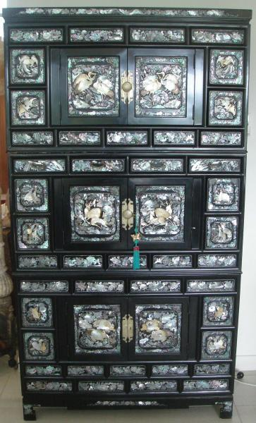 3 tiered korean black lacquered mother of pearl inlay for Oriental furniture for sale