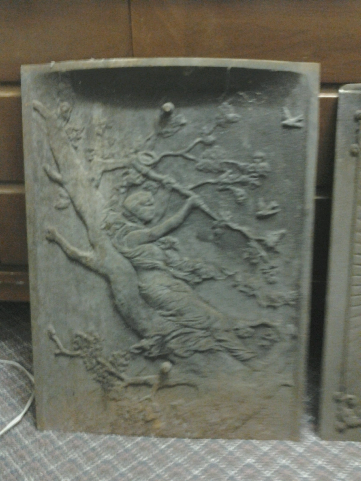ANTIQUE CAST IRON SUMMER FIREPLACE COVER antique appraisal ...
