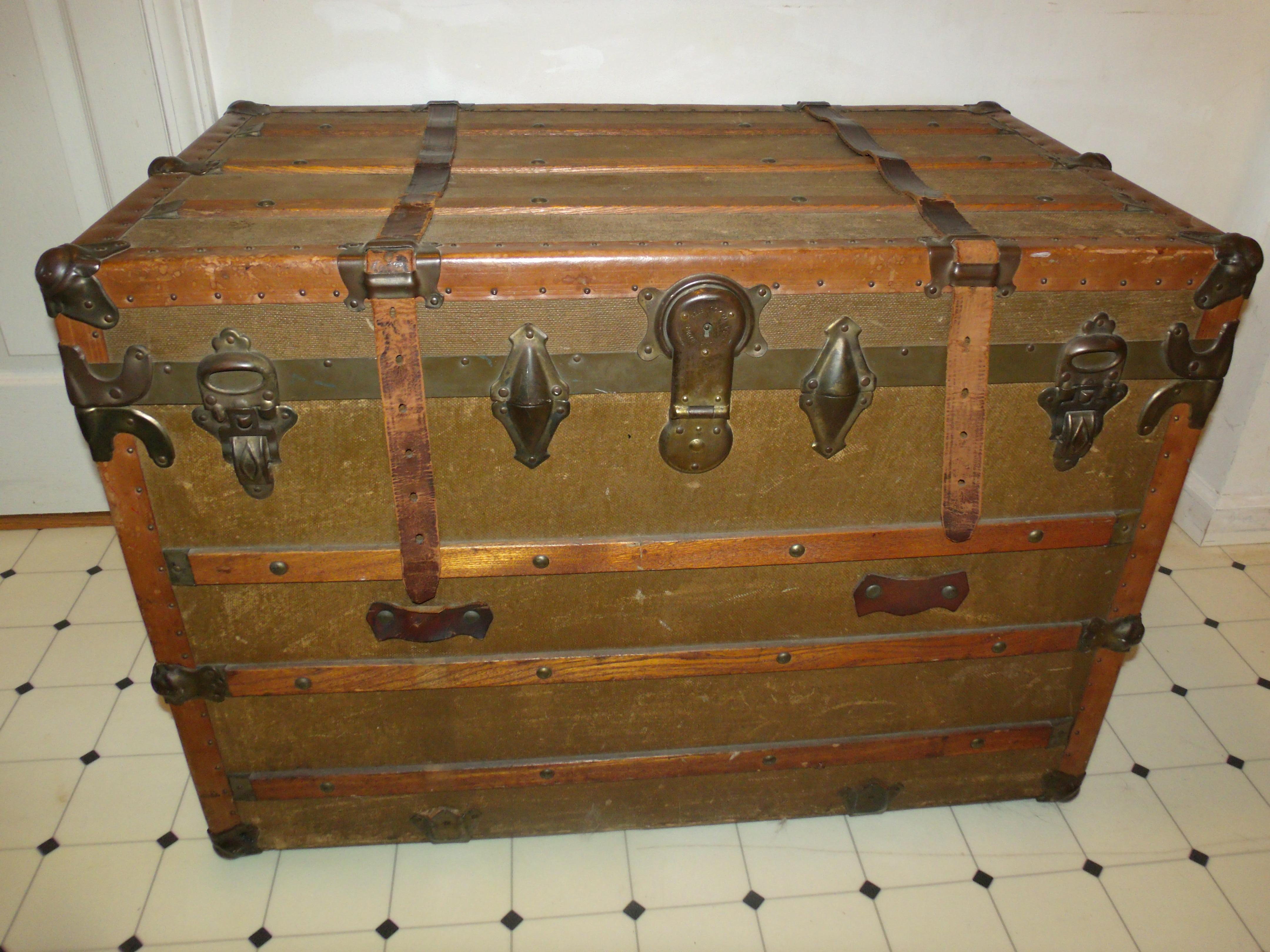 Eveleigh Baggage Trunk Canada With Eagle Lock Company Hardware