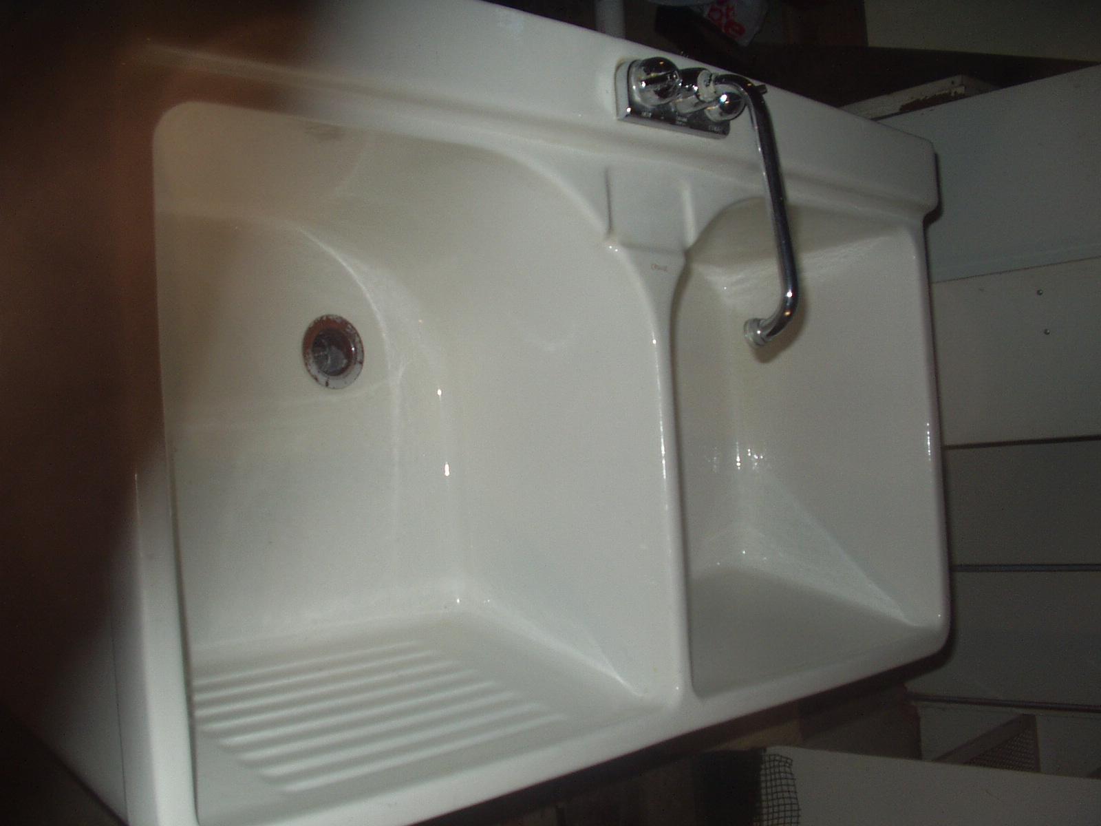 Cool Crane Sink Vintage Photos - The Best Bathroom Ideas - lapoup.com