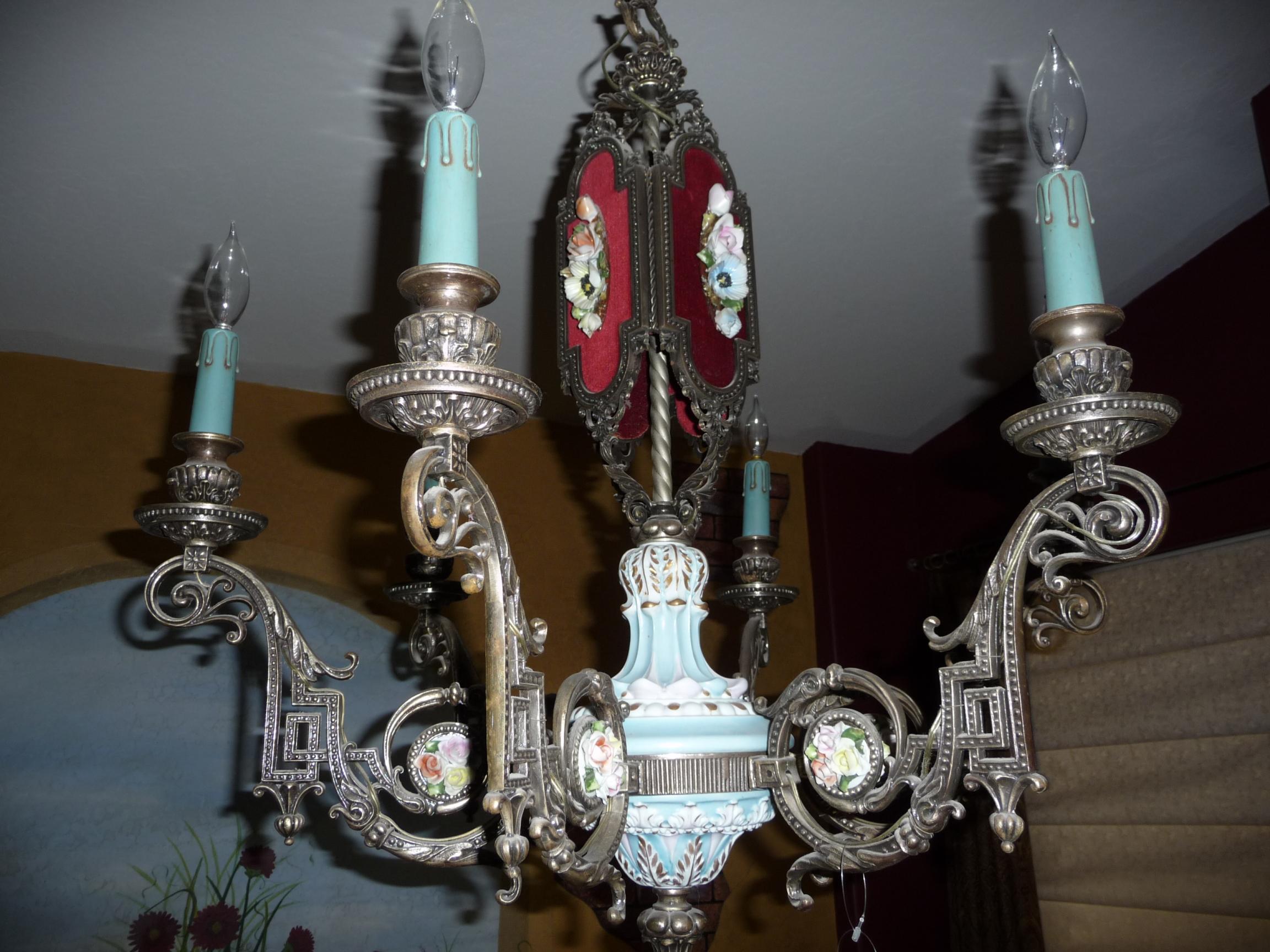 VINTAGE ITALIAN CAPODIMONTE CHANDELIER 1950 s antique appraisal