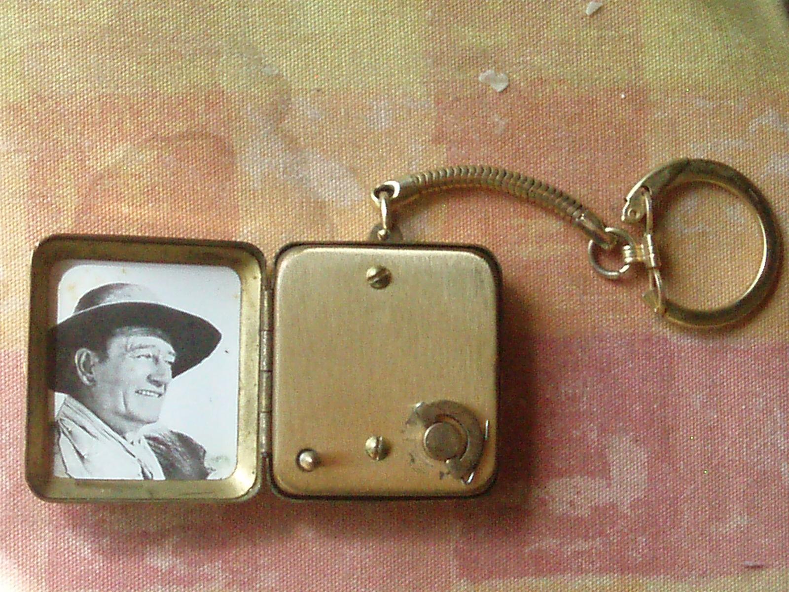 Music Box Owned By John Wayne Antique Appraisal Instappraisal