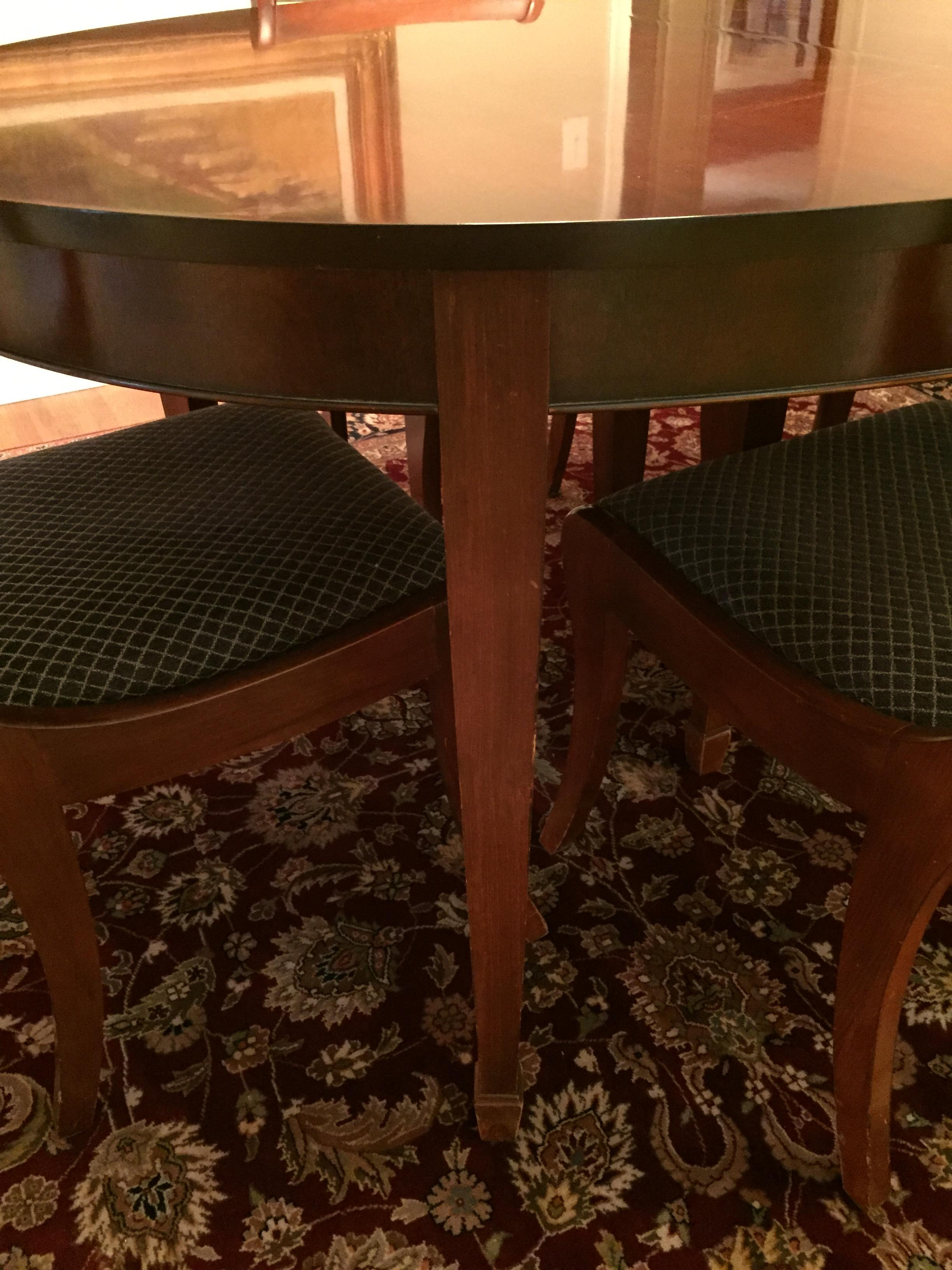 Vintage Drexel Heritage Mahogany Dining Room Table And Chairs (Travis Court  Collection?)