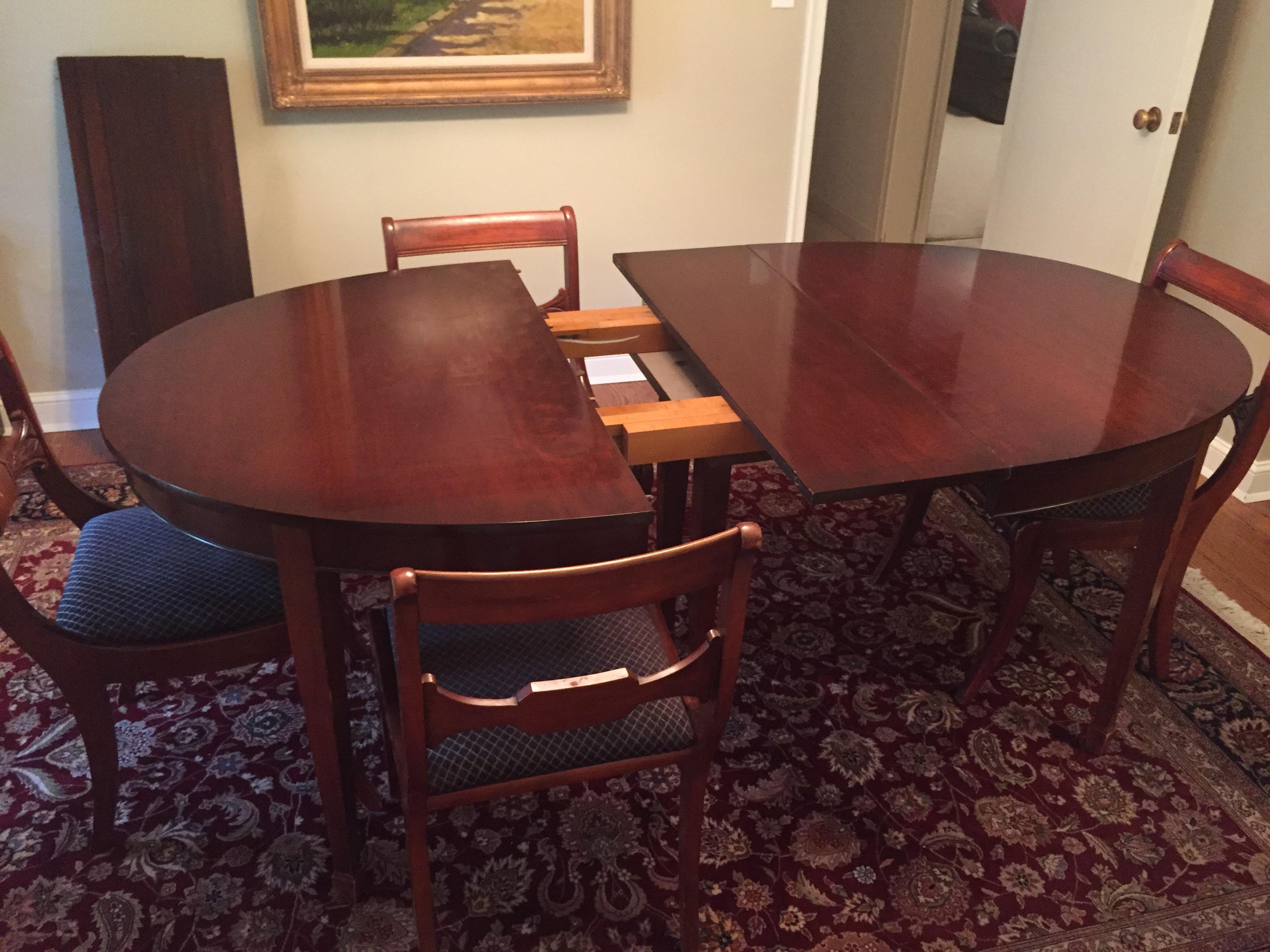 Vintage drexel heritage mahogany dining room table and for Classic dining tables and chairs