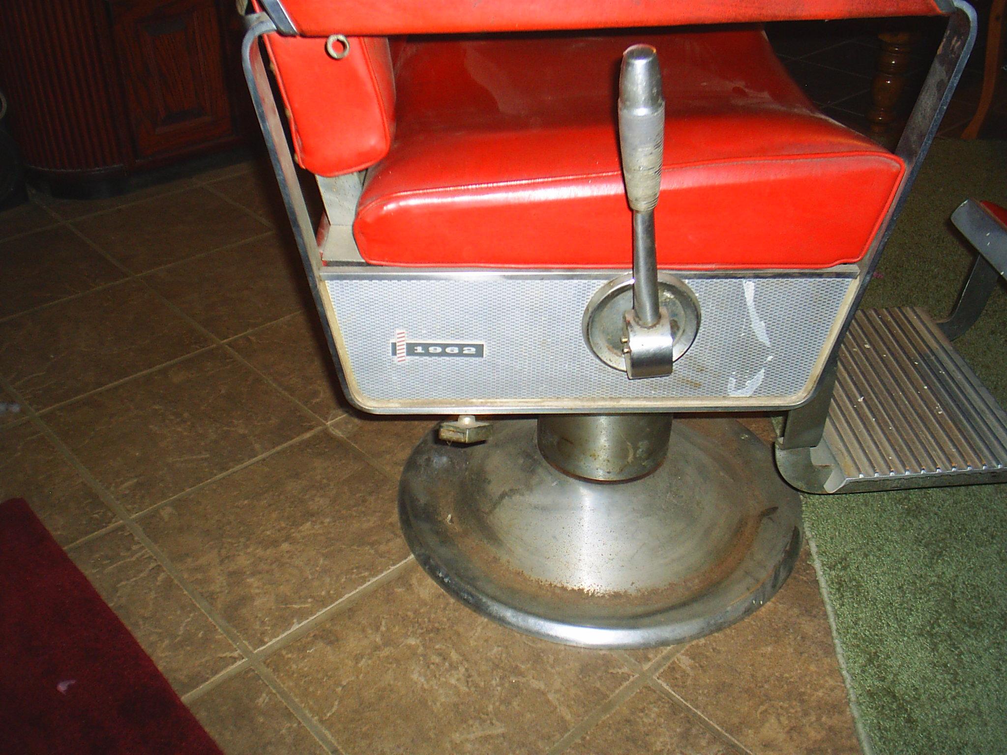 1962 Kochs Barber Chair (Red)