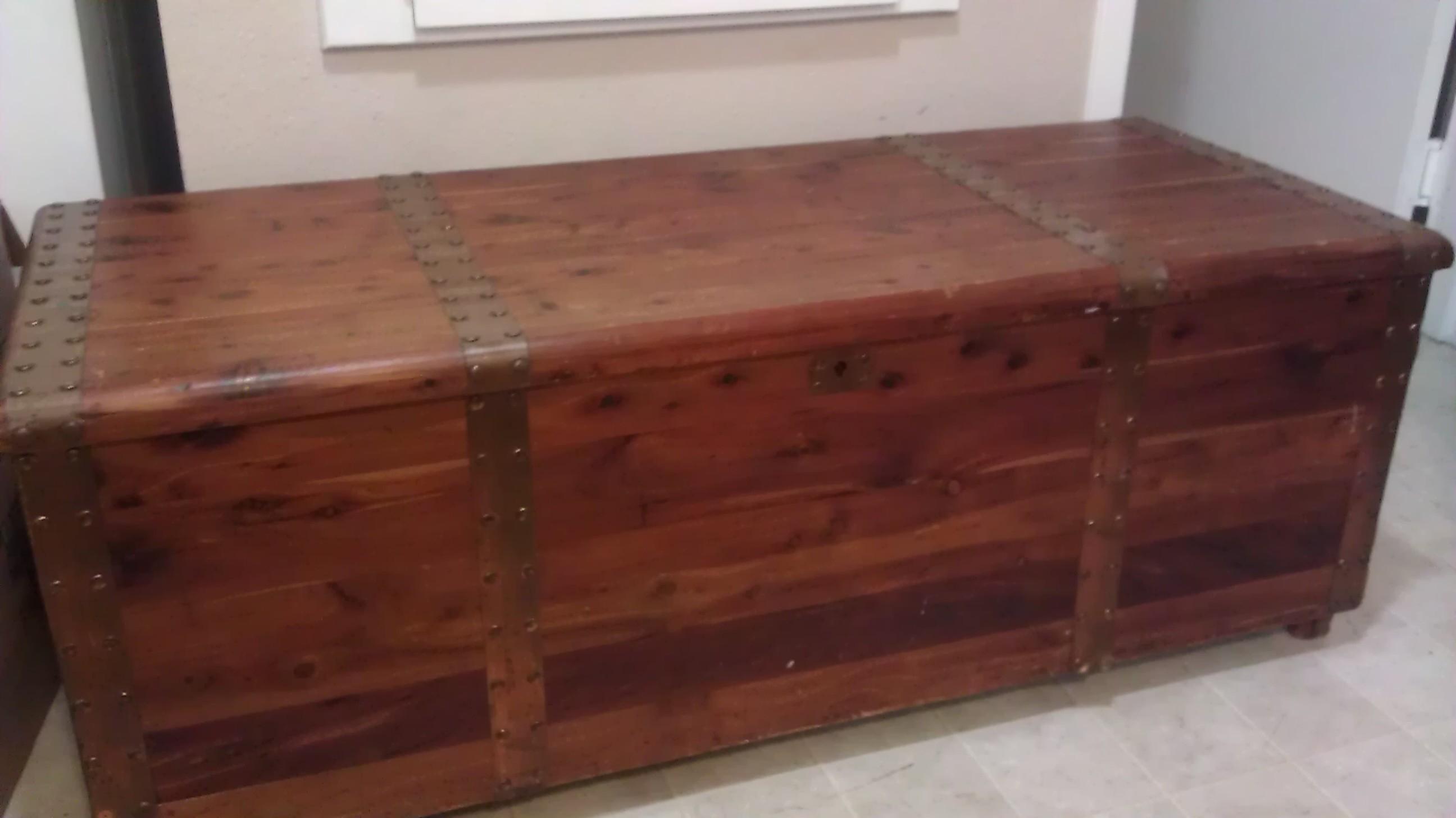 Acme Cedar Chest Company antique appraisal | InstAppraisal