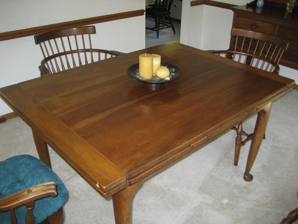 Leopold Stickley Original Cherry Valley Dining Room Set