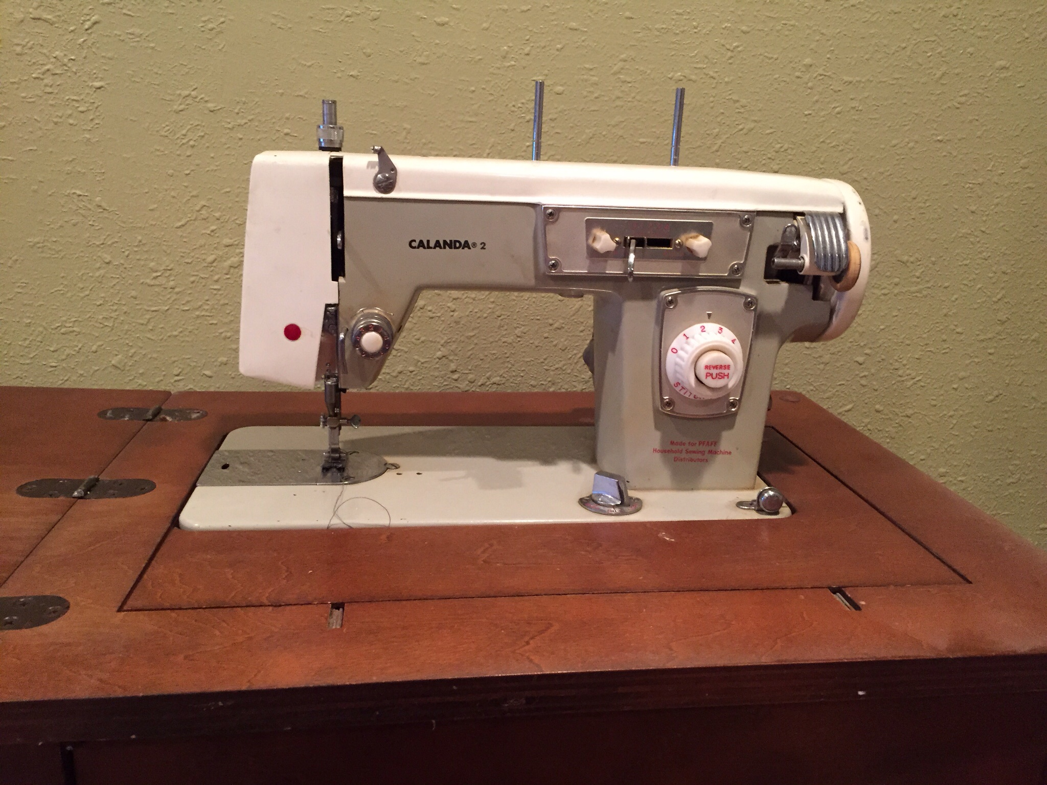 PFAFF calanda 2 Cabinet Sewing Machine antique appraisal ...