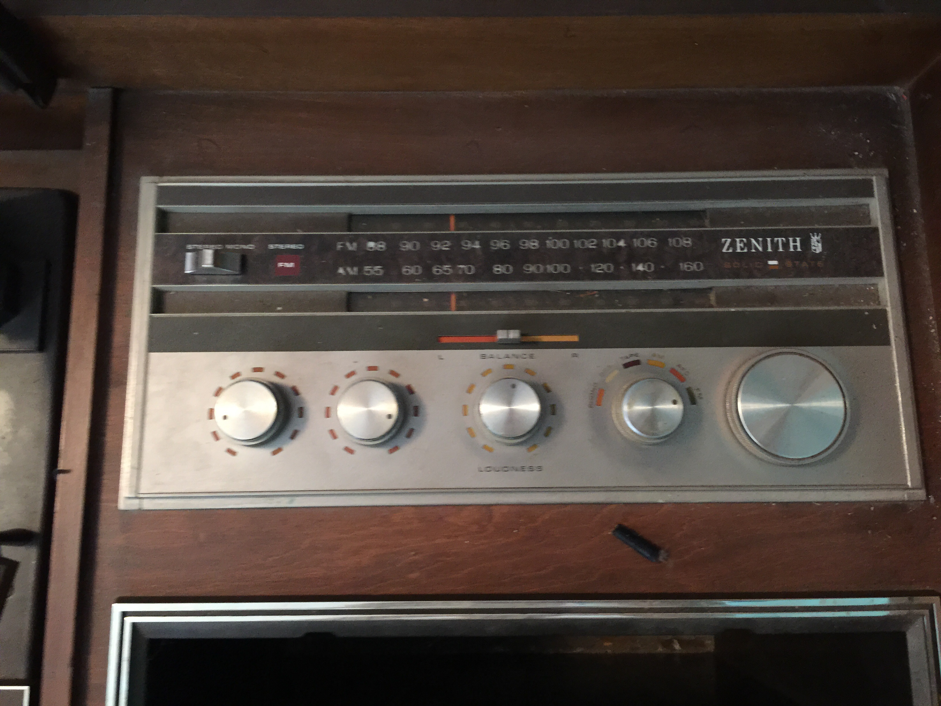 Vintage Zenith Genuine Diamond Stylus Console Record Player