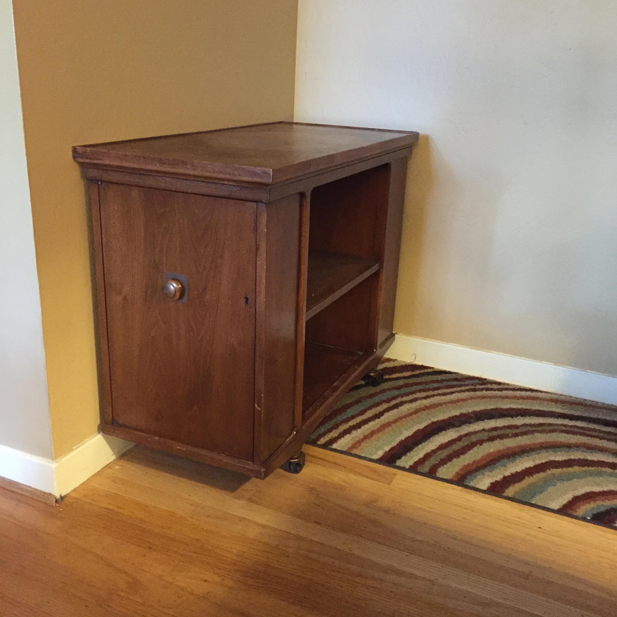 Antique Furniture Appraisal: Heritage Henredon Furniture Antique Appraisal